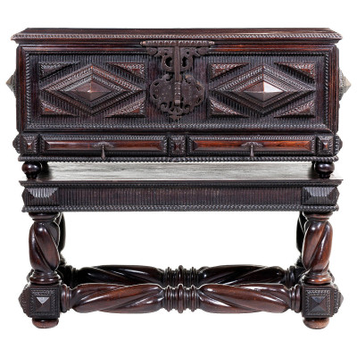 Portugues antiques, Portuguese chest | VANDEUREN, Antiques & Art Framing