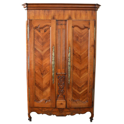 French Armoire, French Provincial Cabinet | VANDEUREN